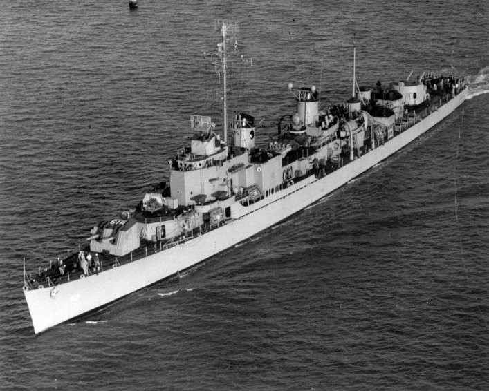 Photo - USS Holder 1947
