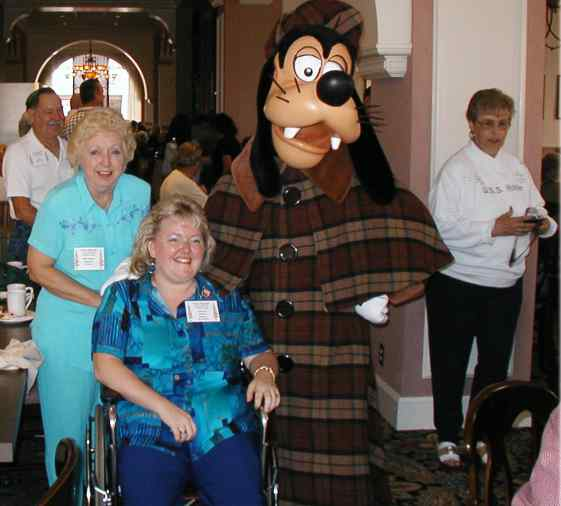 Photo - Pat Sherrie and Goofy